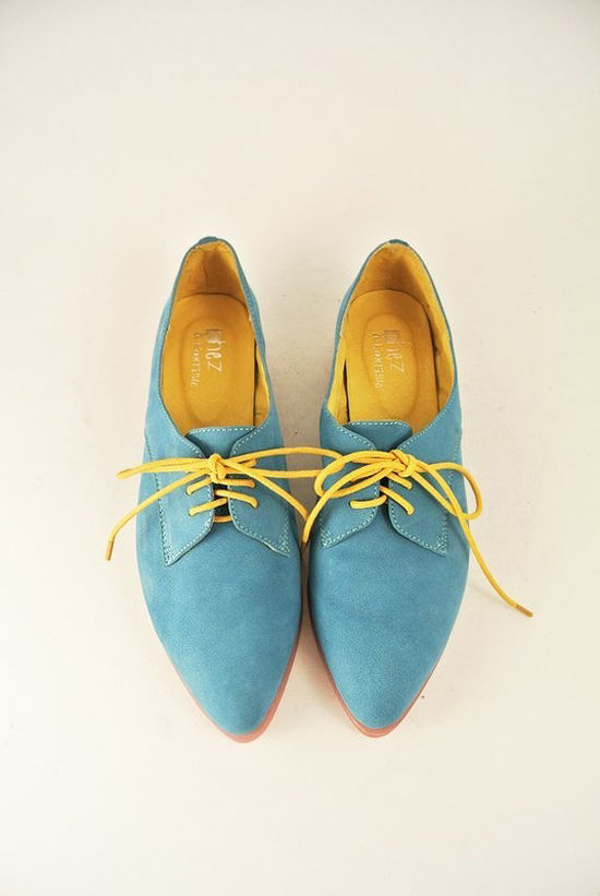 blue_shoes_550px