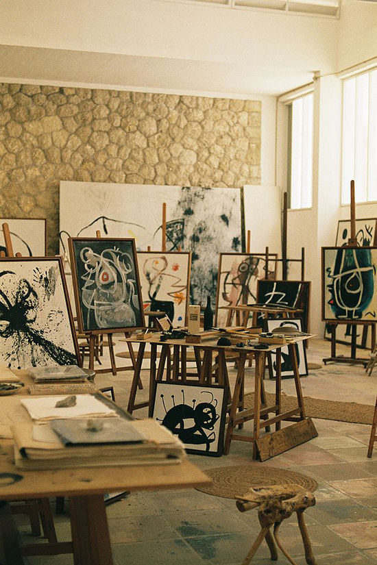 artists in studio | designlovefest