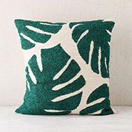 graphic throw pillows | designlovefest