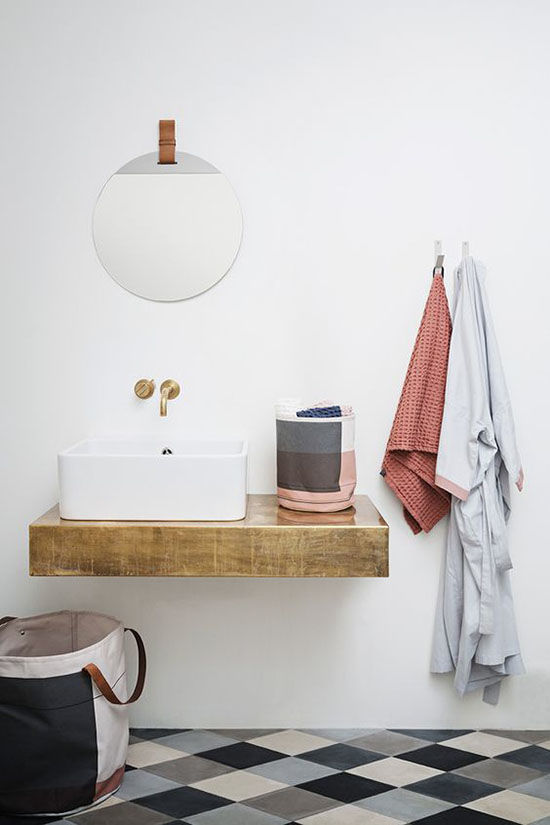 D e s i g n l o v e f e s t weekend at home 82 for Bathroom updates